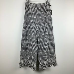NWT Forever 21 Floral Embroidered Plaid Pants